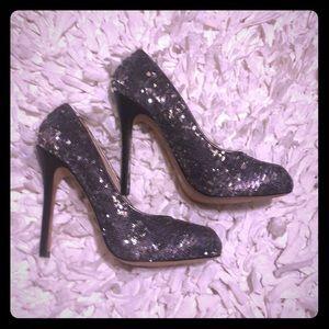 Dolce Vita Silver Sequin Heels (9M)